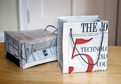 Tutorial - gift bag from newspaper - DIY